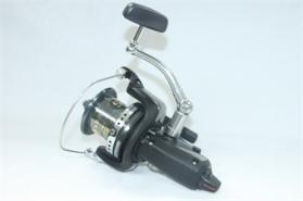 Shimano Medium Baitrunner XT-A Long Cast Reel
