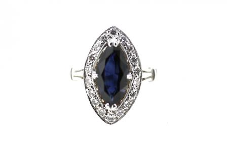 18ct White Gold Sapphire & Diamond Ring (0999)