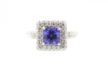 18ct White Gold AAA Tanzanite & Diamond Ring (C0187)
