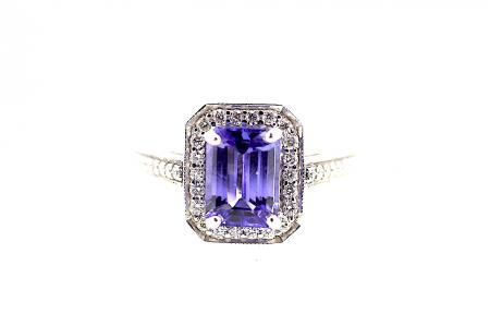 18ct White Gold AAA Tanzanite & Diamond Ring (1013)