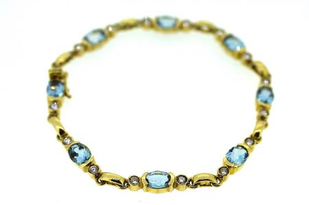 Blue Topaz and Diamond 18ct Gold Bracelet (1129)