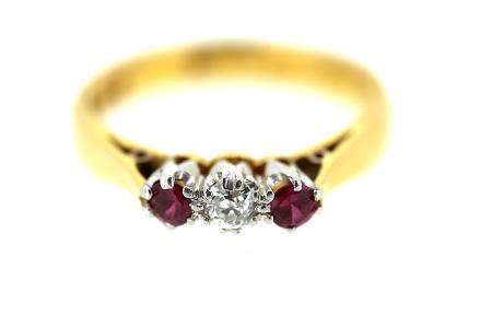22ct Ruby and Diamond Trilogy Ring (1172)