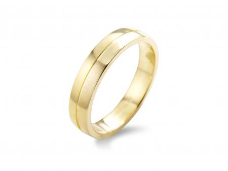 Yellow Gold Wedding Ring Centre Split (AM1904Y)