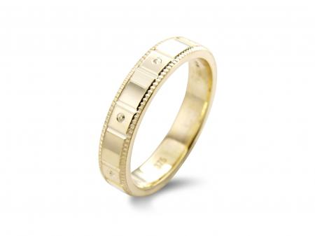 Plain Gold band with Squared Etching (AM1902Y)