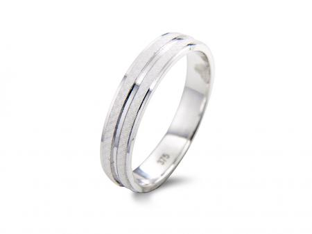White Grooved Ring (AM1737)