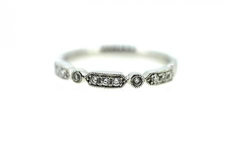 Platinum Vintage Style Diamond Band (RG007)