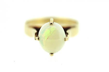 9ct Yellow  Gold Edwardian  Opal Ring