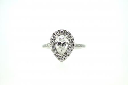 Platinum Pear Shape Diamond Ring (6412)