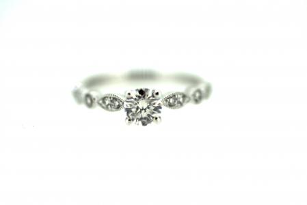 18ct White Gold Diamond Solitaire (0866)