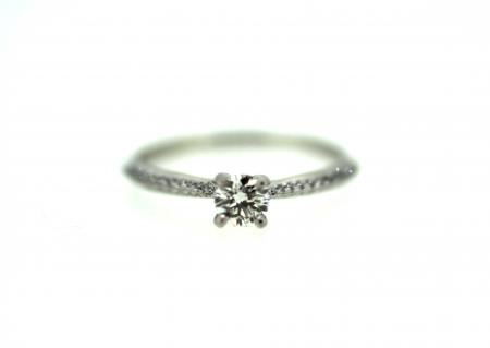 Platinum Diamond Solitaire (J0022)