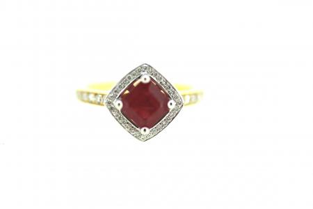 18ct Ruby & Diamond Ring (ENG6801)