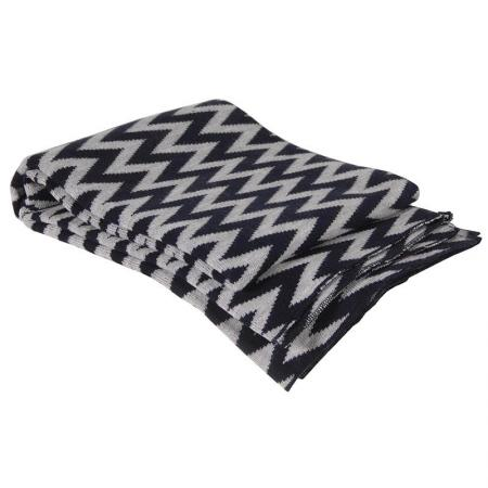 Black & Grey Chevron Design Throw