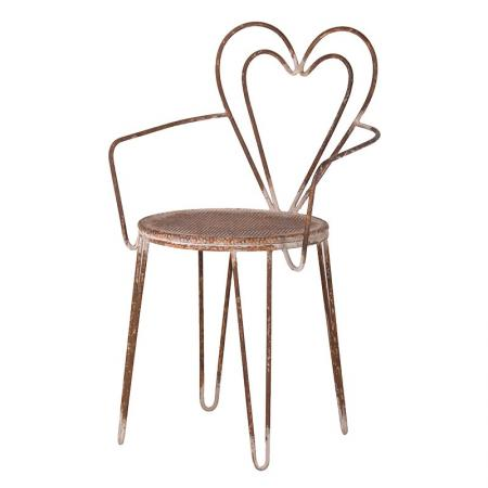 Distressed Metal Heart Back Chair