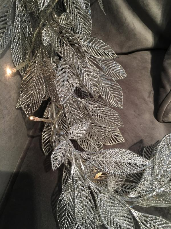 White Silver Leaves Garland Light Mulberry Moon