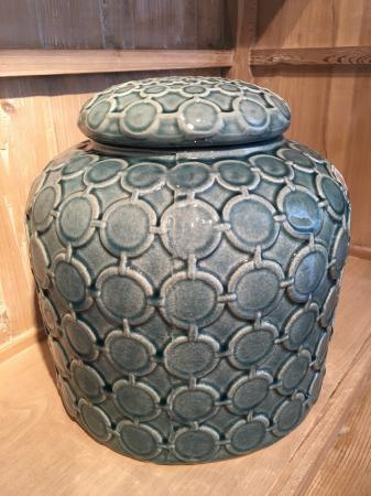 Ceramic Blue Lidded Ginger Jar / Cannister