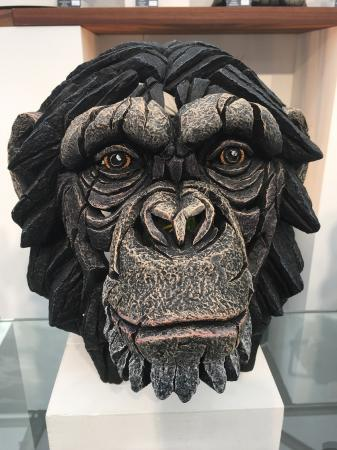 EDGE Sculpture - Chimpanzee Bust