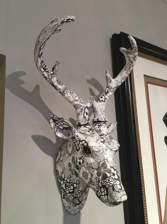 Black /White Floral Stag Head Wall Sculpture