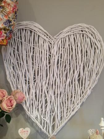 Large  White Willow Heart